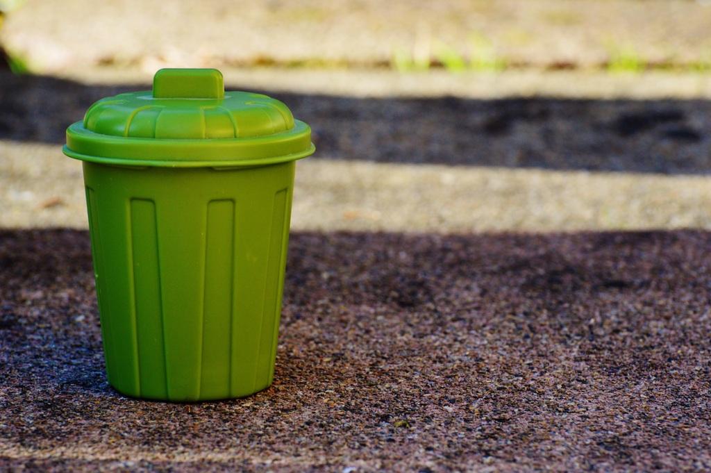 Een duurzamere toekomst met emmers van gerecycled plastic